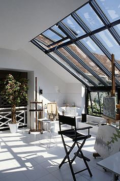 http://www.homesandproperty.co.uk/sites/default/files/media/images/extensions_windows_28166.jpg