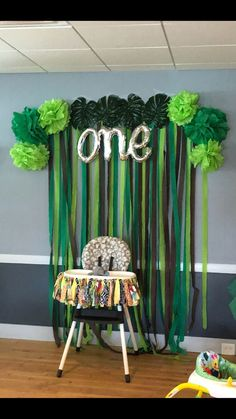 Baby first birthday boy party themes wild ones ideas 1st Birthday Boy Themes, Safari Theme Birthday, Boys First Birthday Party Ideas, Monkey Birthday Parties, Wild One Birthday Party, Kids Party Themes, King Birthday, Ideas Party, Deco Jungle
