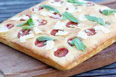 Focaccia mit Tomaten – Flavoured with Love