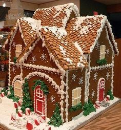 Gingerbread houses, models, tutorials!