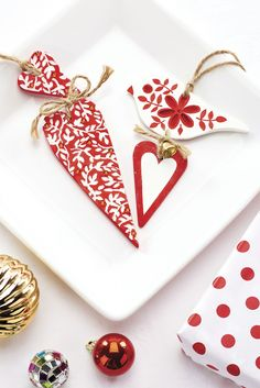 Make your own decs from air dry clay / Crafts Beautiful, December 2015 / Photo: cliqq.co.uk
