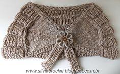Olá queridas amigas!!!!!!!!!!! Linda estola em tricô feita por minha querida mãe com flor de crochê feita por mim. Feita em lã e linha...