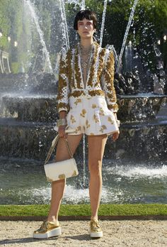CHANEL Cruise/Versailles 2012-2013: Ready-To-Wear Collection | Style Republic Magazine