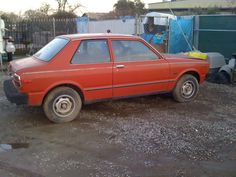 1982 Toyota Tercel. Had this kind of car in high school, even the same color. Man, I loved Beaner. :)