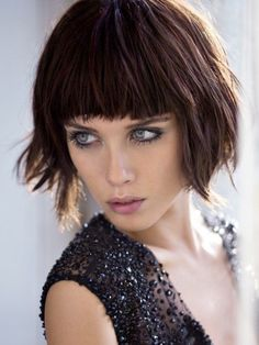 Charming bob hairstyles and haircuts with bangs Bob Hairstyles With Fringe Over 50, Haircuts For Medium Hair, Short Hair With Bangs, Short Bob Haircuts, Haircuts With Bangs, Long Bob Hairstyles, Medium Hair Cuts, Long Hair Cuts, Short Hairstyles For Women