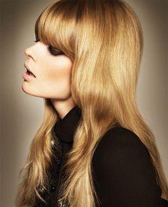 Vintage Hairstyles With Bangs Julia Stegner Vogue Turkey Hair - Blonde Hair With Bangs, Golden Blonde Hair, Hair Bangs, 60s Bangs, Retro Bangs, Full Bangs, Warm Blonde, Blonde Brunette, Retro Hairstyles