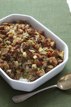 Apple-Sausage Stuffing #thanksgiving #sides #holiday