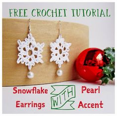 These are really pretty crochet earrings. Tampa Bay Crochet: Free Crochet Pattern: Crochet Snowflake Earrings with Pearl Accent Tutorial Crochet Earrings Pattern, Crochet Snowflake Pattern, Crochet Jewelry Patterns, Crochet Snowflakes, Crochet Accessories, Thread Crochet, Knit Or Crochet, Crochet Crafts, Crochet Projects