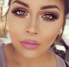 This eye makeup is lovely! But it's getting difficult to see souls these days due to those dumb photo filters. Wtf? #INFJ-ism