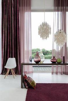 Cozy living with curtains – knew how! Horizontal Striped Curtains, Cortinas Boho, Living Room Designs, Living Room Decor, Interior Design Boards, Bright Homes, Traditional Decor, Cozy Living, Eclectic Decor