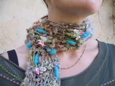 Flora scarf by pluckyfluff-- turquoise bubbles in gray thick-and-thin with flowers.