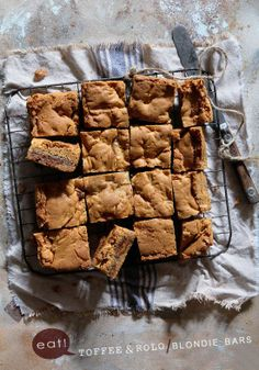 Toffee & Rolo Blondie Bars by Bakers Royale Just Desserts, Delicious Desserts, Dessert Recipes, Yummy Food, Eat Dessert First, Dessert Bars, Yummy Treats, Sweet Treats, Brownies