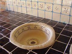 Hand made ceramic sink from Unikatna Keramika