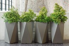 Inner Gardens Fiber Cement Arrow Planter