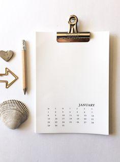 2018 printable calendars: DIY Printable Calendar by The Handcrafted Story 2018 Printable Calendar, Diy Calendar, Desktop Calendar, Blank Calendar, Calendar Pages, Calendar Design, Printable Planner, Printables, Wall Calender