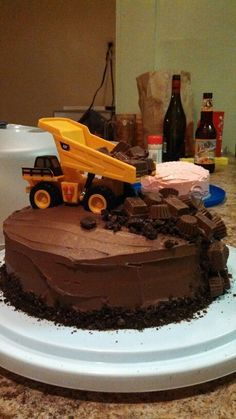 one pretty pin Construction birthday cake Cake Construction and