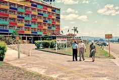 Lennons Hotel Broadbeach by highplains68, via Flickr