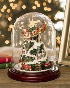 Animated Christmas Decorations | Balsam Hill