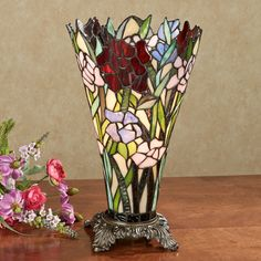 Stained Glass Table Lamps, Tiffany Stained Glass, Stained Glass Art, Fused Glass, Cool Ideas, Vase Centerpieces, Vases Decor, Wall Vases, Vase Transparent