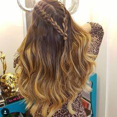 pinterest: ❤︎caitlynslilac❤︎ Prom Hairstyles For Long Hair, Cool Braid Hairstyles, Long Curly Hair, Curly Hair Styles, Natural Hair Styles, Cute Hairstyles With Curls, Hairstyles Videos, 1950s Hairstyles, Teenage Hairstyles