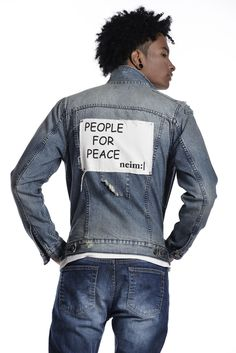 Now in stores #70's #denim #jacket 💙 #people #peace #worn #NeimMarket