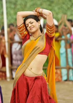 kajal Agarwal in Half Saree Navel Show High Quality Pictures ★ Desipixer ★ Indian Actress Gallery, Indian Film Actress, Indian Actresses, Actress Pics, South Actress, South Indian Actress, Kajal Agarwal Saree, Saree Navel, South Indian Film