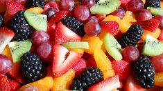 Perfect Summer Fruit Salad | funnpicc.com