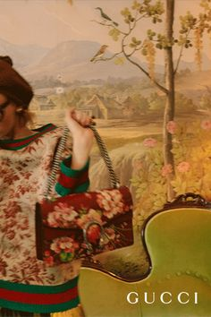 The Dionysus Blooms shoulder bag, crafted in textured cherry red leather, with an allover blooms print, adjustable chain strap and the season's antiqued tiger-head spur closure. Discover all the handbags from Cruise 2016 in the new Gucci.com.