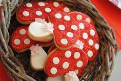 Red-Riding-Hood-Party-Mushroom Cookies