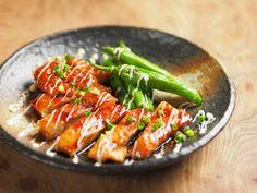 【動画あり】鶏むね肉の照り焼き by 筋肉料理人 藤吉和男 「写真がきれい」×「つくりやすい」×「美味しい」お料理と出会えるレシピサイト「Nadia | ナディア」プロの料理を無料で検索。実用的な節約簡単レシピからおもてなしレシピまで。有名レシピブロガーの料理動画も満載!お気に入りのレシピが保存できるSNS。