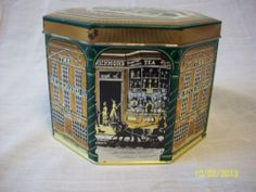 Vintage Royal Richmond TEA TIN 1970'S | eBay Tin House, Tea Tins, Tea Caddy, Vintage Tins, Palace, 1970s, Decorative Boxes, Kitchen, Ebay