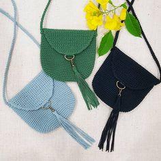 "18 Likes, 6 Comments - lalana cutecrochet (@lalana_cutecrochet) on Instagram: ""กระเป๋าถักงาน handmade 100% ขนาด 7.5 × 8 นิ้ว มีผ้าซับด้านใน งาน hand made สั่งทำตาม order…"""