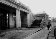 Antigua escalinata de la Plaza de Portugal, obra de Jenaro de la Fuente en 1927.