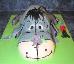Eeyore Cake - Turtle Mom Treats