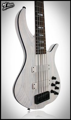 F Bass BN - Fretted (Is that not the most beautiful thing you've ever set eyes on?!)