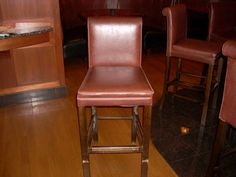 Delicieux Chesteru0027s Chophouse In Wichita, Ks   Re Glue, Repair There Bar Stool At