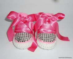 Baby converse, crochet converse shoes, baby girl shoes, all shoes, crochet pink converse, baby gift shoes, baby crib shoes, baby slippers by BABYCROCHETfashion on Etsy