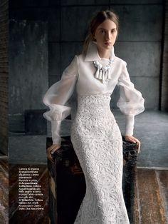 Abito Acquachiara Collection. Stylist Elisa Nascimbene - ph. Antonio Redaelli. Vogue Sposa n. 131 - Gennaio 2015