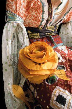 Paper costume by Isabelle de Borchgrave