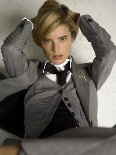 chicagoartnerd: lipstick-n-cigars: Menswear YES PLEASE. Something about the camera angle is just unbearably sexy. Women, Dandy Style, Tomboy Fashion, Agyness Deyn, Suits For Women, Women Wearing Ties, Style, Menswear Inspired, Fashion