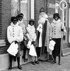 Sinterklaas en zijn Pieterbazen, 1971