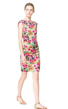 Befitting for a wedding guest at a summer wedding? FLORAL PRINTED TUBE DRESS - Dresses - Woman - ZARA Denmark