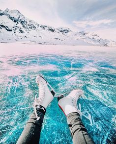 Ice skating on a giant natural frozen lake in Switzerland! Go Ice Skating! Oh The Places You'll Go, Places To Visit, Winter Weekend Getaways, Shotting Photo, Winter Photography, Photography Lighting, Sport Photography, People Photography, Boudoir Photography