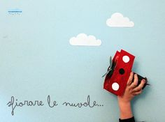 Easy toy to make with kids with toilet paper cardboard roll: the plane  (italian blog)