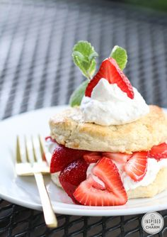 White Chocolate Strawberry Shortcake - a classic summer dessert with a white chocolate twist!