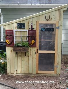 My rustic picket fence garden shed DIY your own garden shed visit http://thegardenfrog.me/2014/08/18/my-300-rustic-picket-garden-shed/