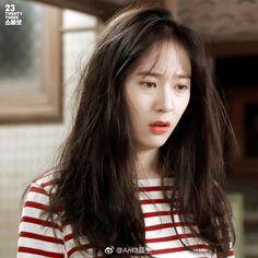 Krystal🌹 Jessica & Krystal, Krystal Jung, Jessica Jung, Ailee, Kim Woo Bin, Sulli, Korean Artist, Korean Celebrities, Meme Faces