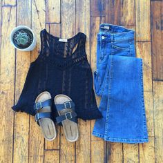 Put a cactus on it… always! #ardenerocks #festivalseason #festival #ootd #freespirit #flatlay