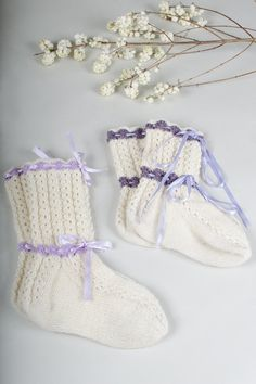 Long socks with cables Novita 7 Veljestä Lace Knitting, Knitting Stitches, Knit Crochet, Knit Lace, Lace Socks, Wool Socks, Work Flats, Red Plum, Knit In The Round