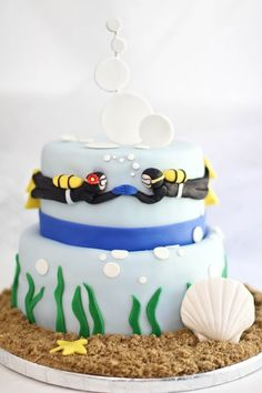 adorable fun cake.. doesnt have to be for a wedding